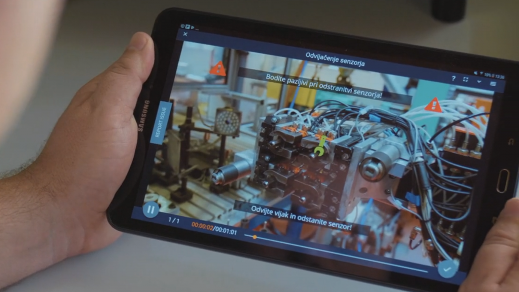 Digital work instruction in manufacturing should be video-based like in this example.